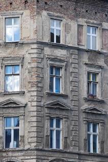 Restaurierungsbedürftige Altbaufenster in Berlin