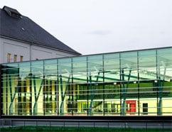 Verglasung für den Vogelschutz: Stadtbad Plauen