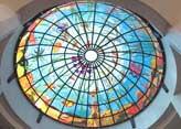 Kunstvolle Fensterkuppel im Flachdach