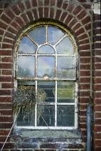 Altes Sprossenfenster benötigt Restaurierung
