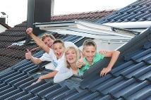 Dachfenster richtig pflegen und Lebensdauer verlängern